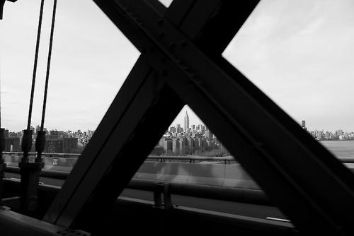 2013-04-01_NYC skyline #2