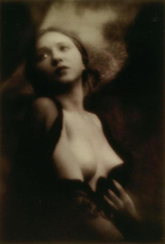 alexander-grinberg-portrait-de-femme-vers-1913-1914-via-rmn