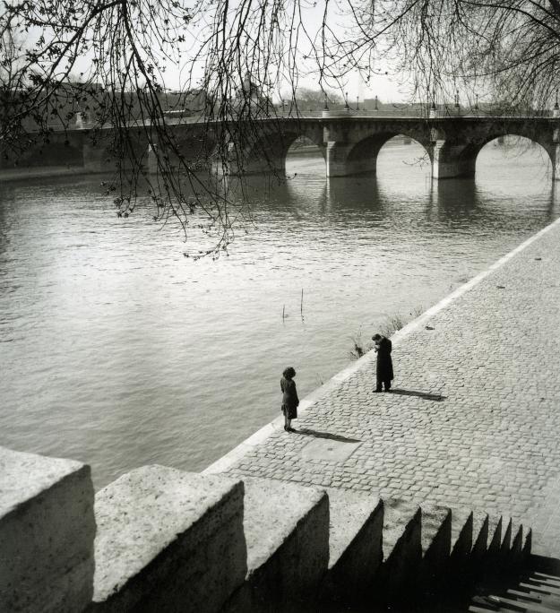 boubat_paris_france_1948