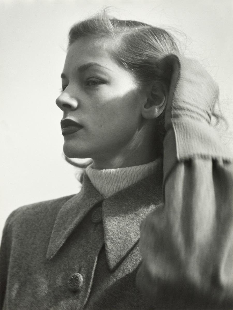 Lauren Bacall -NYC_1945
