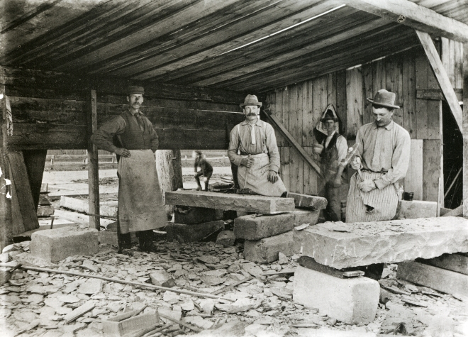James Ballantyne_stones cutters at work, 1899