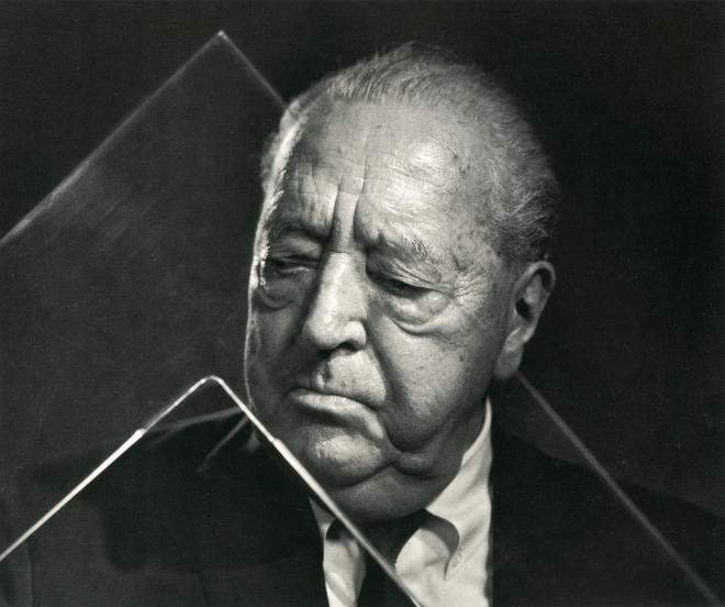 Karsh_Mies, 1962_p133_