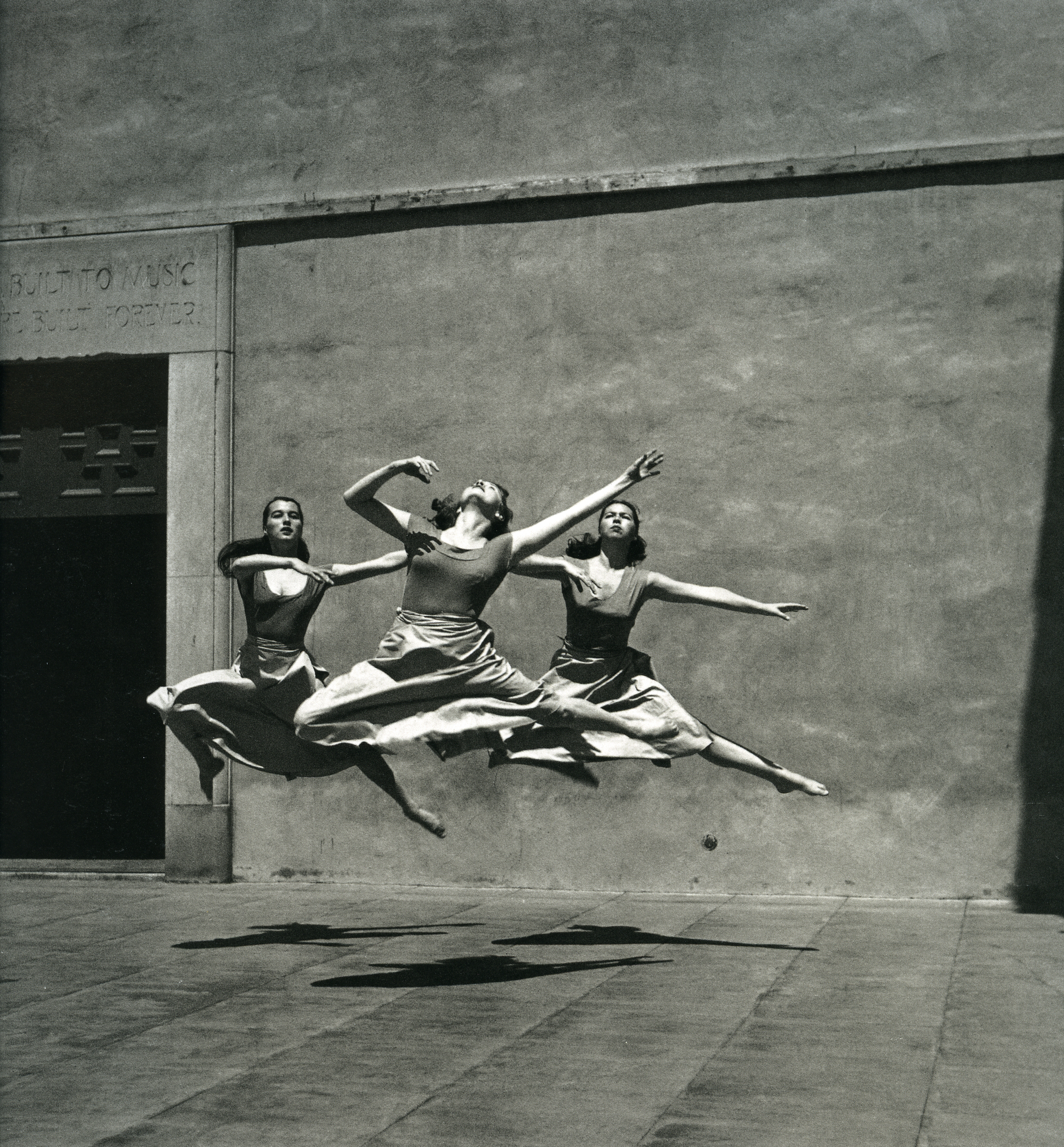IC_Trois danseurs_Mills College_1929_p66