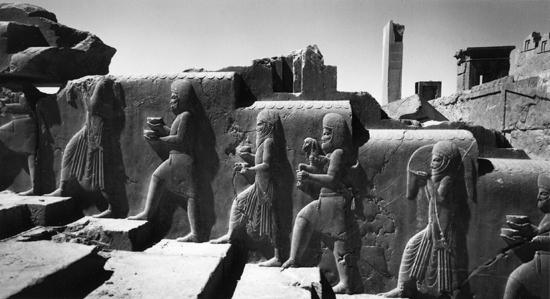 lucien hervé_persepolis, iran, 1962