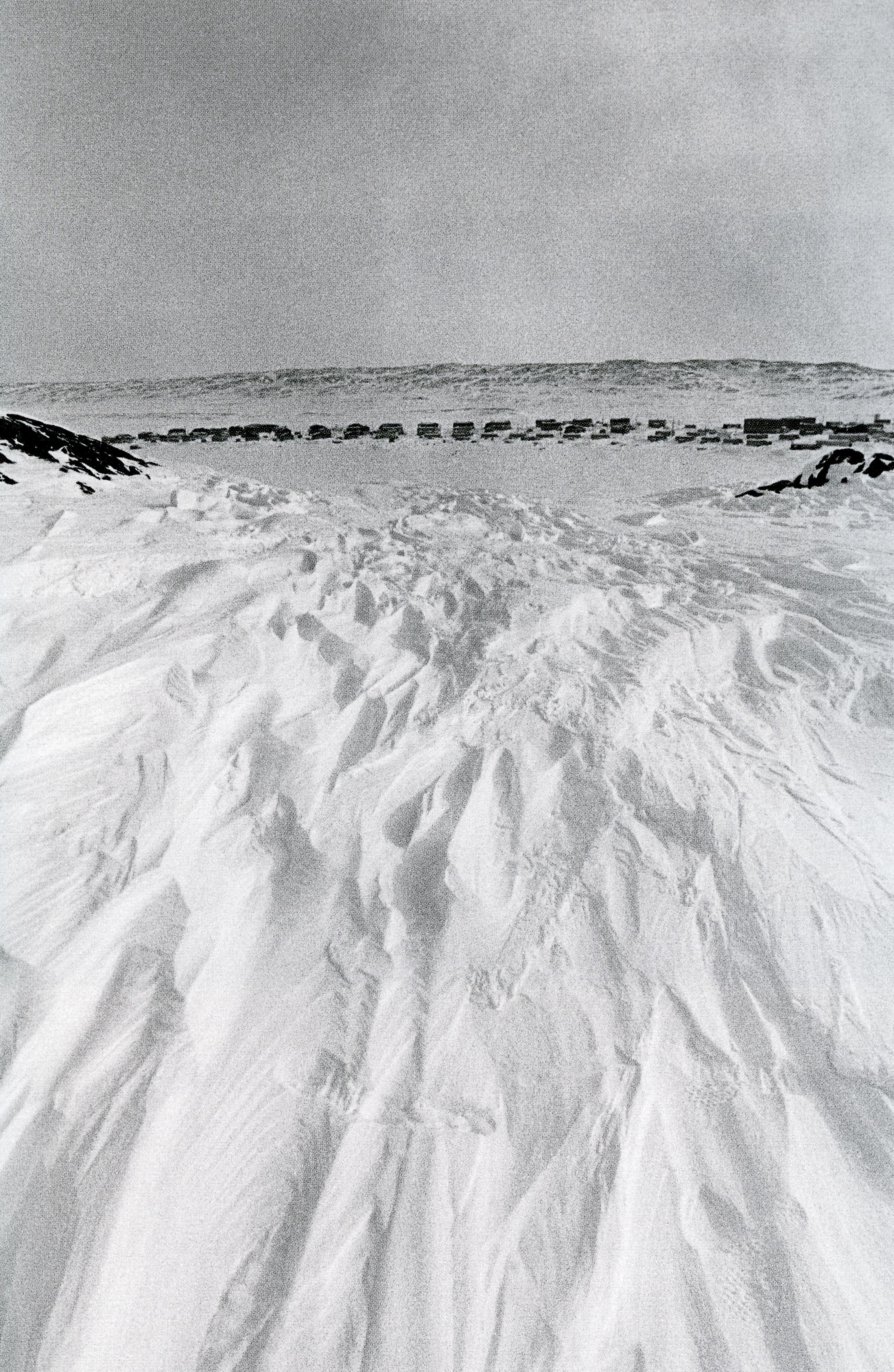 jf leblanc_aux abords du cratère du Nouveau-Québec, Nunavik, 1996_p61