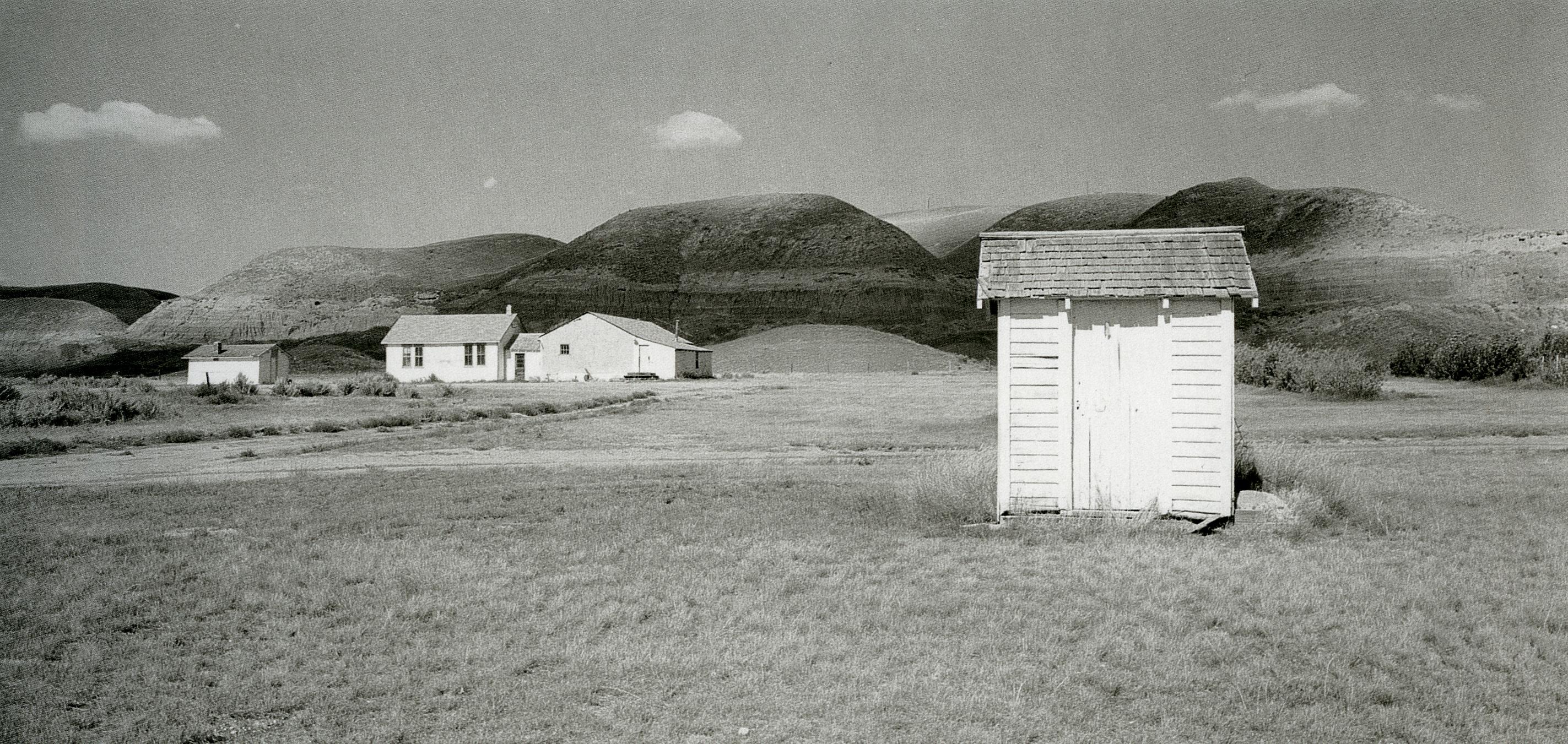 orest semchishen_salle communautaire, Dorothy, AB_1989
