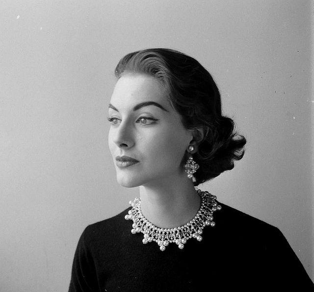 nina leen_nancy berg in sweater with pearl necklacecollar