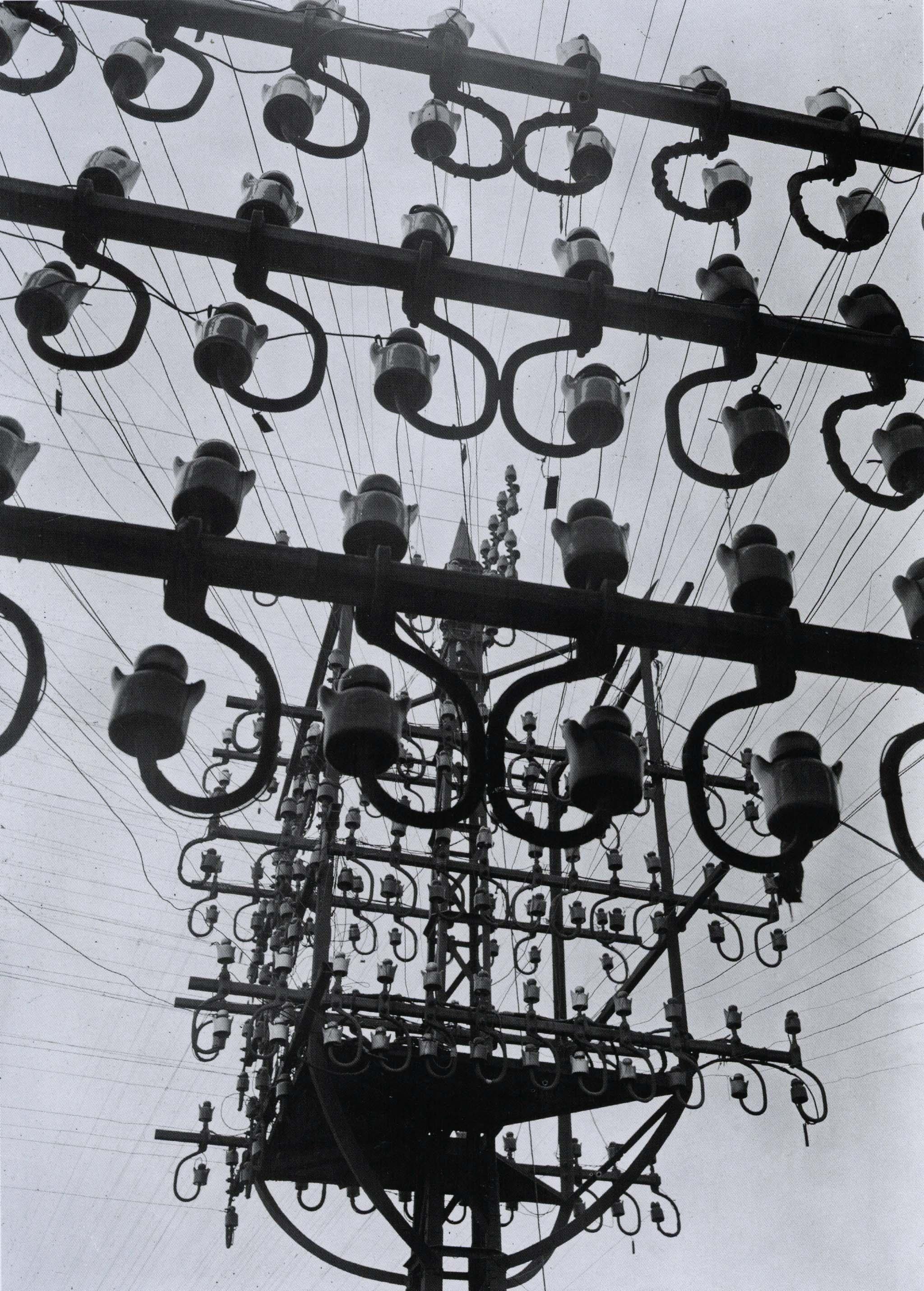 kollar_le rail, fils et isolateurs, ch. de fer de l'état, versailles, yvelines, 1931-34_p106_R